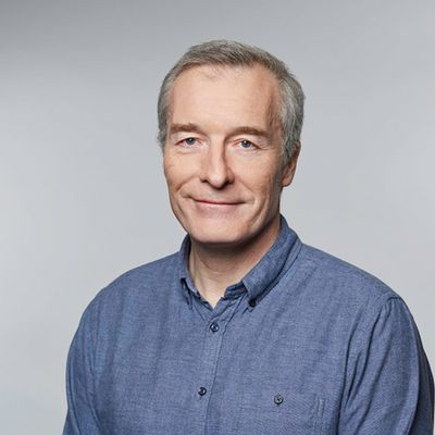 Photo of Simon Breakwell, Technology Crossover Ventures