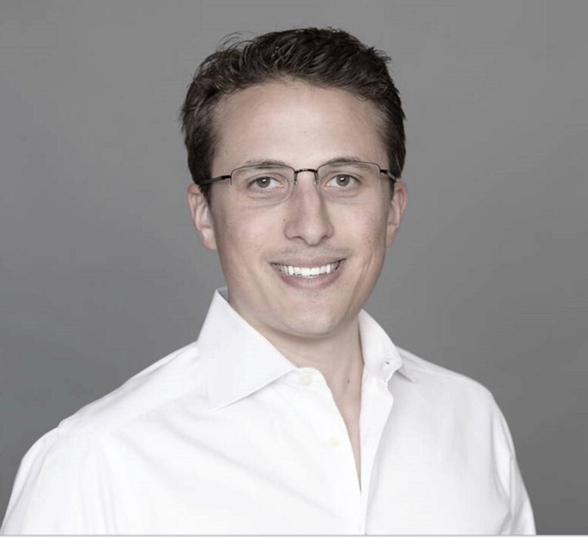 Photo of Alex Kahn, Managing Partner at Generation Ventures