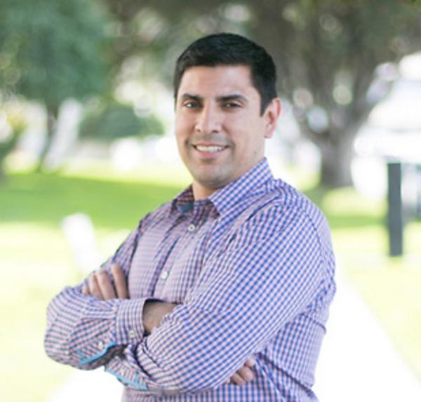 Photo of Ernesto Paiz, Vice President