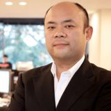 Photo of Taizo Son, Managing Partner at Visionaire Ventures