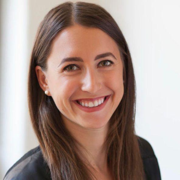 Photo of Deborah  Conway, Associate at Samsung NEXT