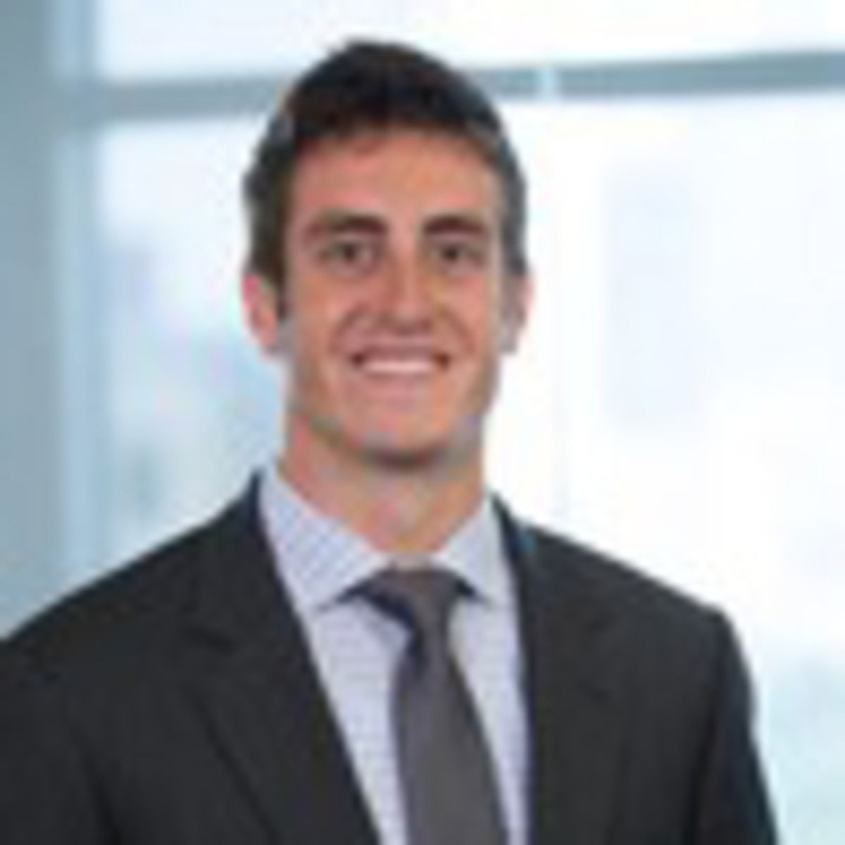 Photo of Robert Mlnarik, Senior Associate at Summit Partners