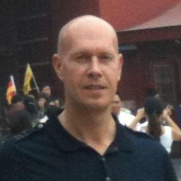 Photo of robert giles, Managing Director at CE VENTURE CAPITAL