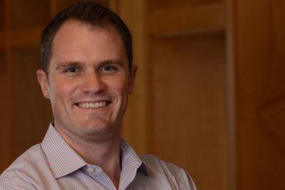 Photo of Elliot Geidt, Partner at Redpoint Ventures